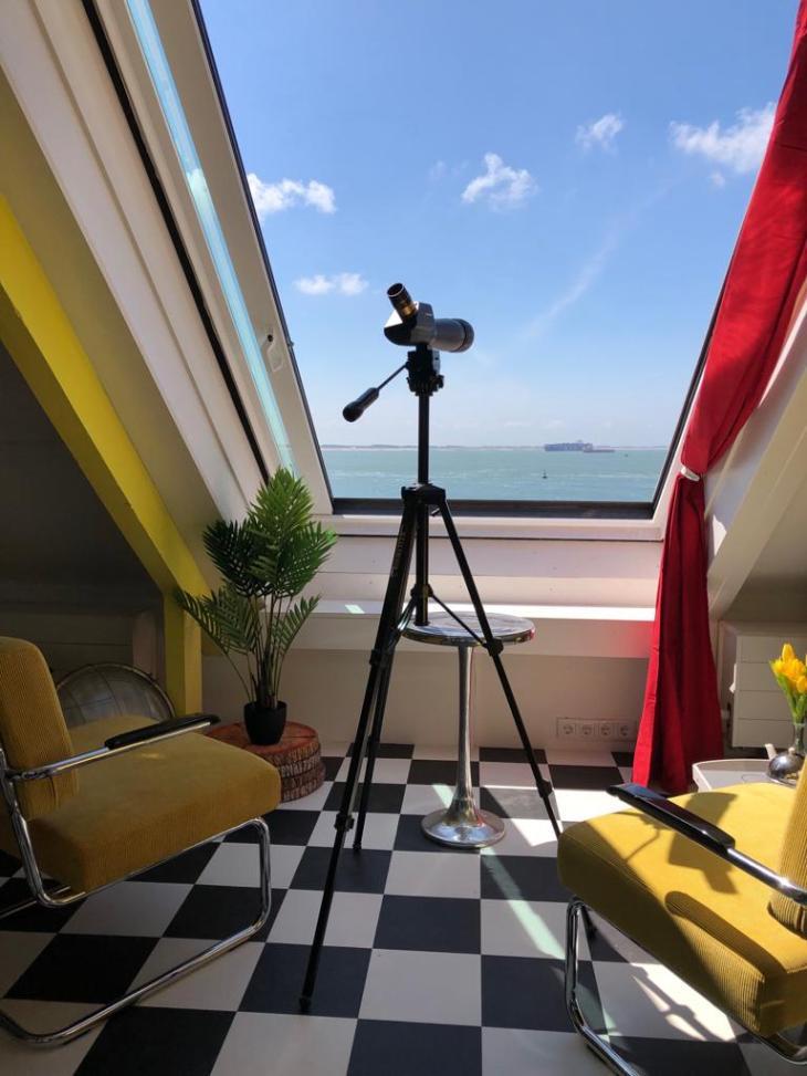 raam met kijker2019-05-11-13-43-16 2